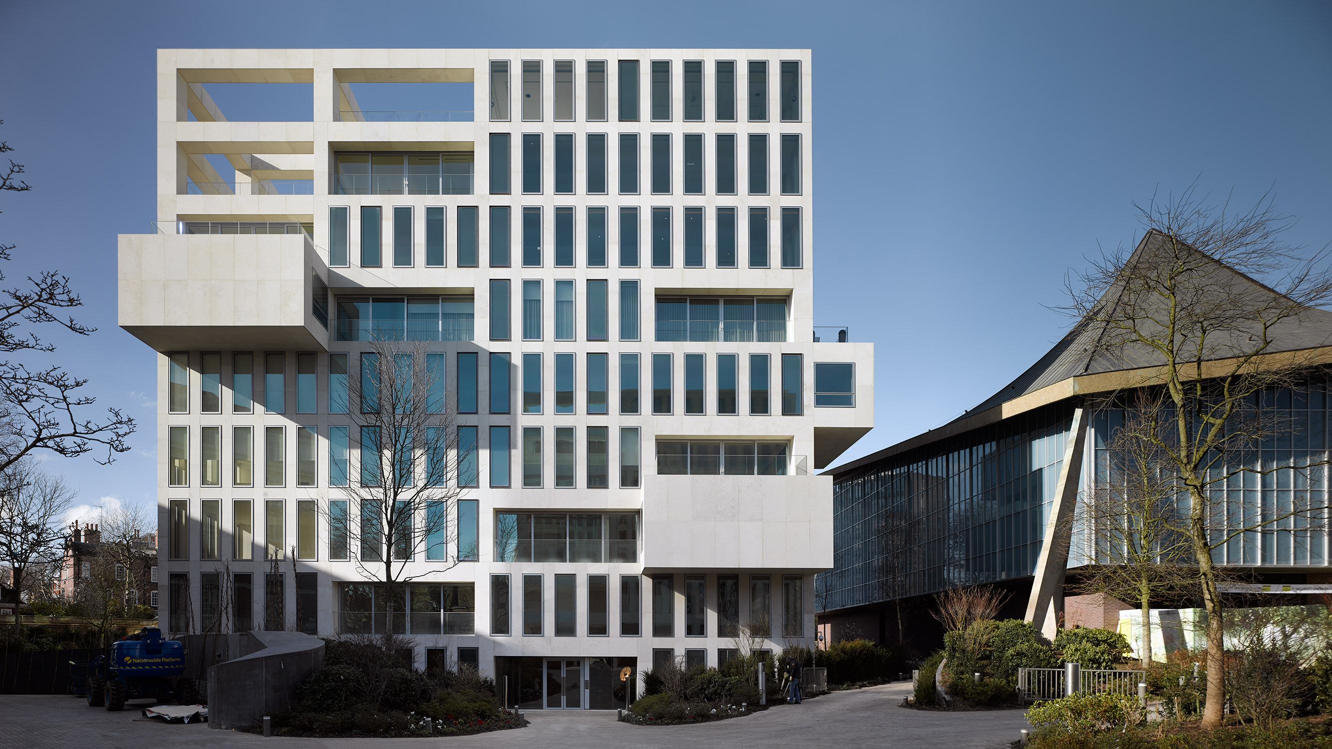 Senior architect at OMA in Hong Kong, China